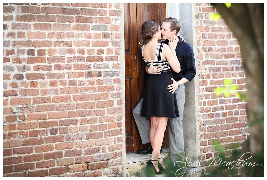 Downtown_Charleston_Engagement_Photos_April_Meachum_0364.jpg