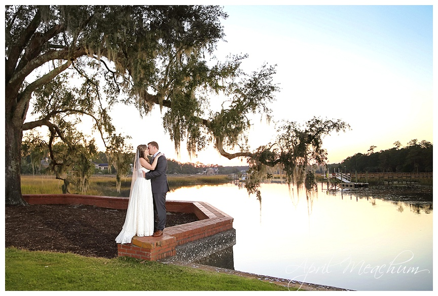 Dunes_West_Charleston_Wedding_Photographer_April_Meachum_0375.jpg