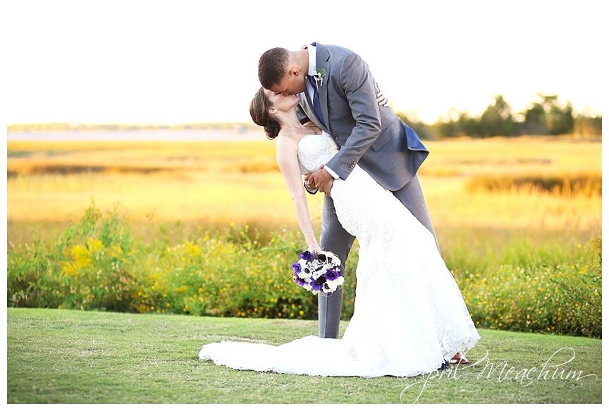 Cooper_River_Room_Charleston_Wedding_Photographer_April_Meachum_0391.jpg
