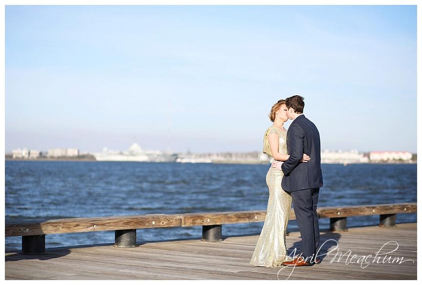 Engagement_Downtown_Charleston_Wedding_Photographer_April_Meachum_0399.jpg
