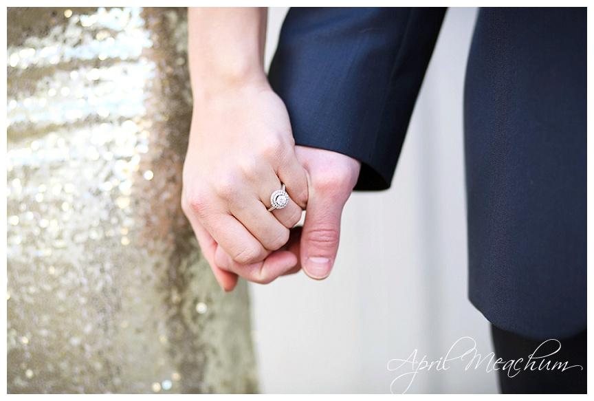 Engagement_Downtown_Charleston_Wedding_Photographer_April_Meachum_0402.jpg
