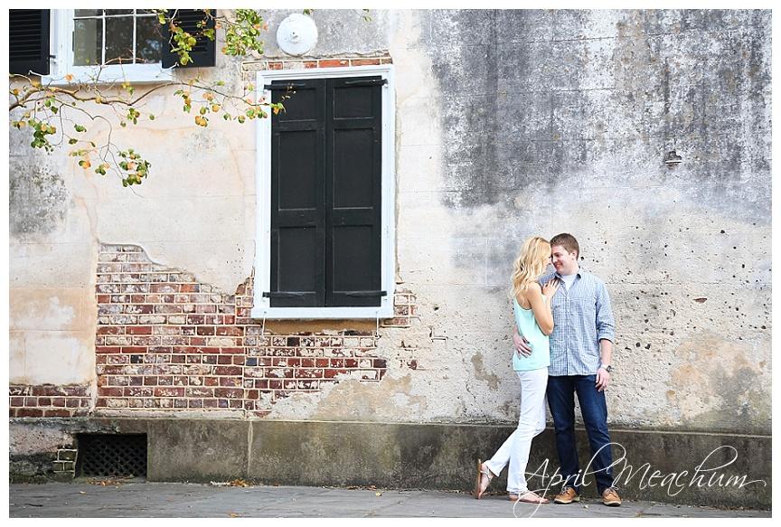 Engagement_Downtown_Charleston_Wedding_Photographer_April_Meachum_0417.jpg