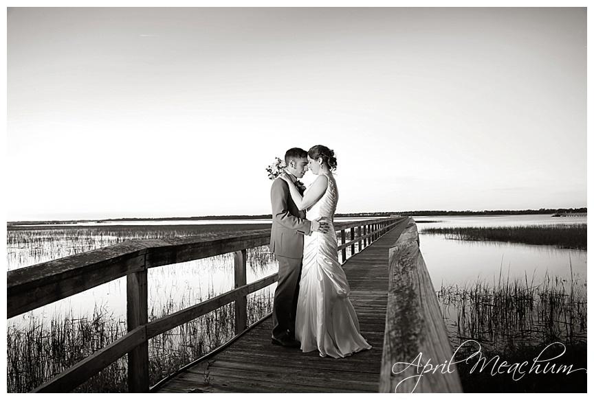 Folly_Beach_Charleston_Wedding_Photographer_April_Meachum_0024.jpg