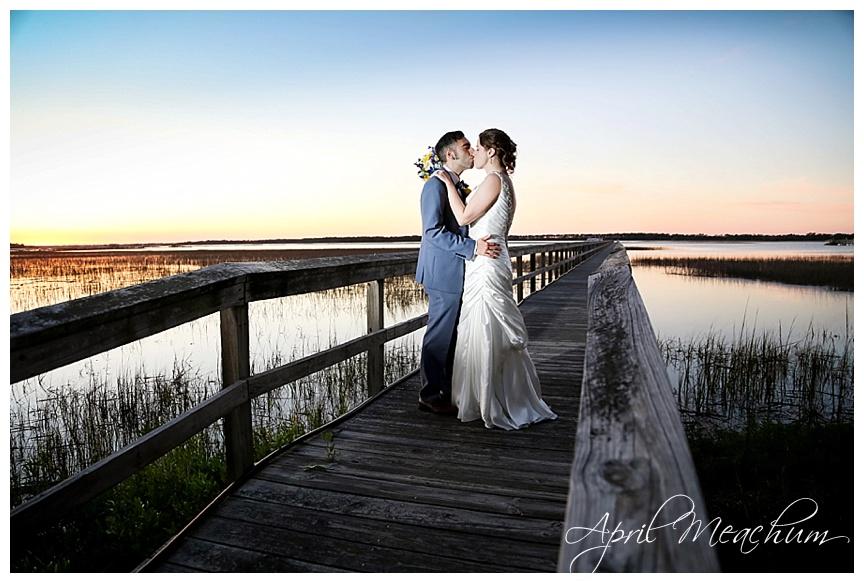 Folly_Beach_Charleston_Wedding_Photographer_April_Meachum_0026.jpg